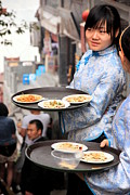 Waitress Metal Prints - Waitresses Waiting Metal Print by Valentino Visentini