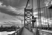 Cityscape Photos - Walking to Philadelphia by Jennifer Lyon
