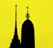 Two Towers Posters - Wat Arun - Temple of the Dawn Poster by A Rey