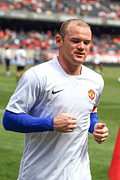 Wayne Rooney Framed Prints - Wayne Rooney 5 Framed Print by Keith R Crowley