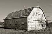 Kelly Nowak - Weathered Barn
