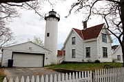 Charlene Reinauer - West Chop Light House