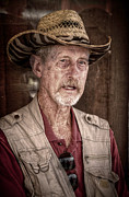 Portaits Digital Art - Western Photographer by Linda Unger