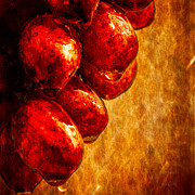 Raining Metal Prints - Wet Grapes Three Metal Print by Bob Orsillo