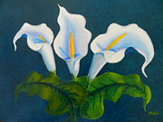 Lines Paintings - White Arums by Leana De Villiers