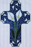 Cross Glass Art - White Cala Lilies by Rosa Cardenas