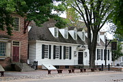 Clapboard House Prints - White Clapboard House - Colonial Williamsburg Print by Christiane Schulze