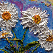 Paris Wyatt Llanso - White Daisies