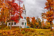 Fall Foliage Digital Art - White New Hampshire church by Jeff Folger