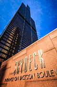 Editorial Photo Framed Prints - Willis-Sears Tower Skydeck Sign Framed Print by Paul Velgos