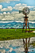 Artist and Photographer Laura Wrede - Windmill on the Hills