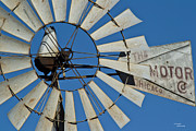Teresa Dixon Metal Prints - WindMotor Metal Print by Teresa Dixon