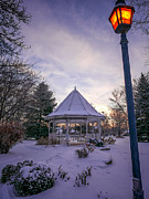 Kari Yearous - Windom Gazebo With Lamp...