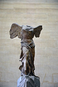 Winged Victory Of Samothrace Print by Scott Welch