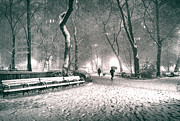 Vivienne Gucwa - Winter Night - New York...
