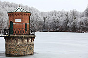 Alsace Framed Prints - Winter Scene of Watch Tower on Antietam Lake Framed Print by Kerry Gergen