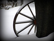Corinna Garza - Winter Wagon Wheel