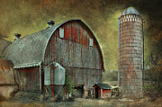 Wisconsin Barn Posters - Wisconsin Barn - Series Poster by Jeff Burgess