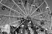 Streetscene Digital Art Prints - WONDER WHEEL of CONEY ISLAND in BLACK AND WHITE Print by Rob Hans