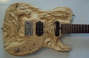 Fantasy Sculptures - Wood carving sculpture - Fantasy Horses carved electric guitar entalhe madeira woodcraft luthier by Ton Dias