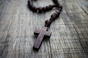 Wooden Rosary Print by Aged Pixel