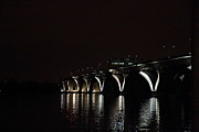 Curves Photo Metal Prints - Woodrow Wilson Bridge - Washington DC - 011366 Metal Print by DC Photographer