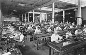 Rochester New York Photos - Workers Assembling Cine-Kodaks by Underwood Archives