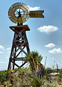 Farol Tomson - Working Windmill
