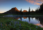 Cascade Mountains Prints - Yakima Peak Sunrise Print by Mike  Dawson