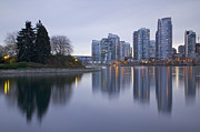 Vancouver Photos - Yaletown by Genaro Rojas