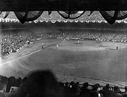 Baseball Fields Metal Prints - Yankees Defeat Giants Metal Print by Underwood Archives