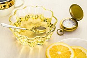 Pour Photo Originals - Yellow lemon   with clock by Sviatlana Kandybovich