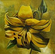 Yellow Lily Print by Alfred Ng