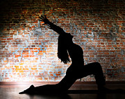Shannon Beck - Yoga Silhouette 2