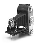 Film Camera Prints - Zeiss Ikon Nettar 518 Print by Paul Cowan