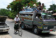 Bagan Photos -  Jam packed bus by RicardMN Photography