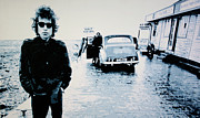 Bob Dylan Framed Prints - - No Direction Home - Framed Print by Luis Ludzska