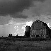Old Barn Prints - 08016 Print by Jeffrey Freund