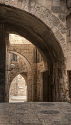 Differences Prints - Alley In Jerusalem Print by Noam Armonn