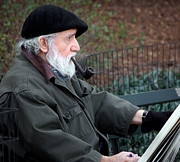 Portrait Painter Posters - An artist in Central Park Poster by RicardMN Photography