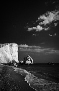 Aphrodites Rock Petra Tou Romiou Republic Of Cyprus Print by Joe Fox