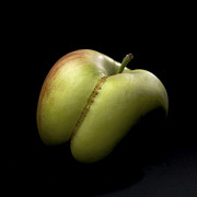 Apples Art - Apple by Bernard Jaubert