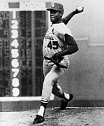 Throw Photo Prints - Bob Gibson (1935- ) Print by Granger
