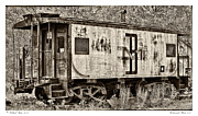 Old Caboose Photos - Boston and Maine 413 by Richard Bean