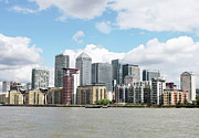 Canary Wharf Print by Richard Newstead