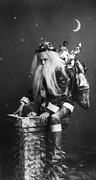 1900s Portraits Photos - Christmas, Caught In The Act, Santa by Everett