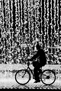 Shower Art - Cycling Silhouette by Carlos Caetano