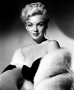 Fur Stole Prints - Dont Bother To Knock, Marilyn Monroe Print by Everett