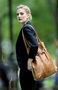 Shoulder Bag Framed Prints - Drew Barrymore On Location For Going Framed Print by Everett