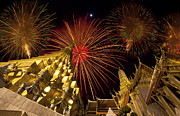 Pyrotechnics Originals - Firework on Wat Phra Kaeo  by Anek Suwannaphoom
